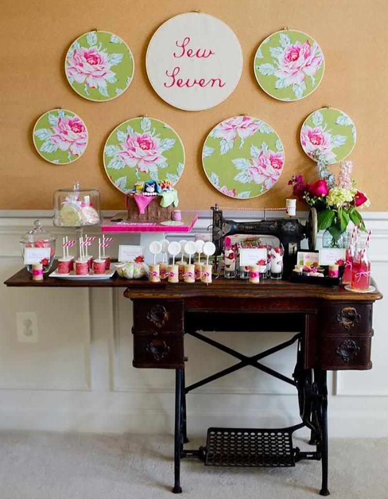 кухонный стол из старой швейной машинки