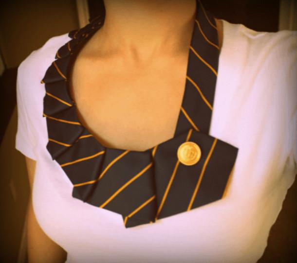 Идеи из галстуков... Они такие красивые, что жаль их выбрасывать!