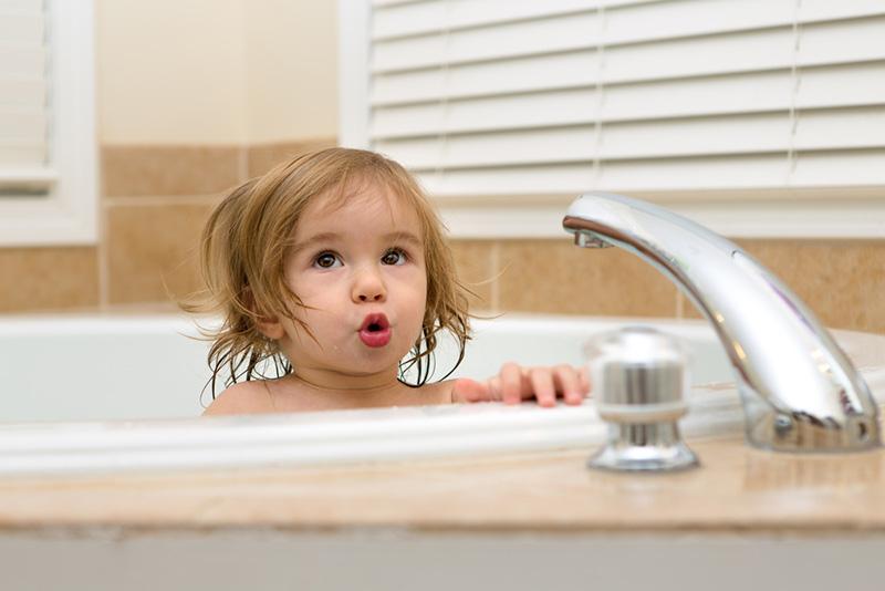 как чистить ванну в домашних условиях