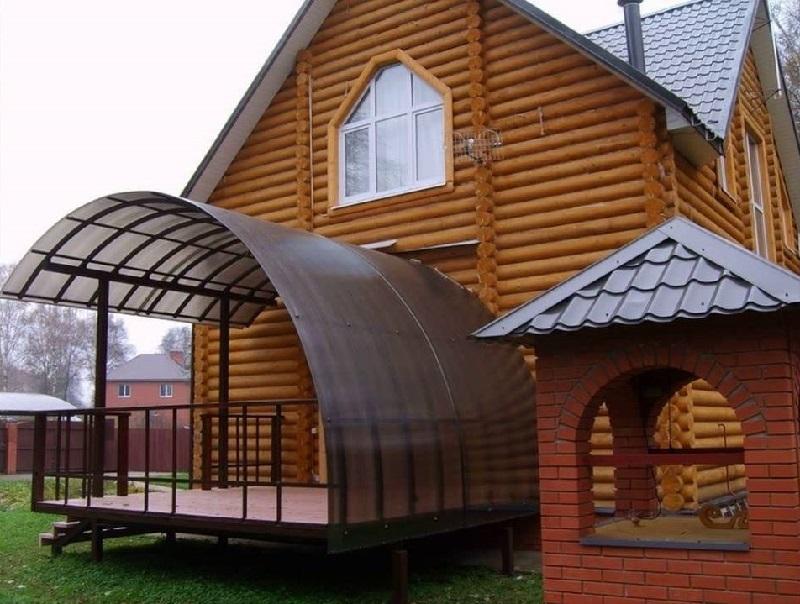 крыльцо дома с навесом