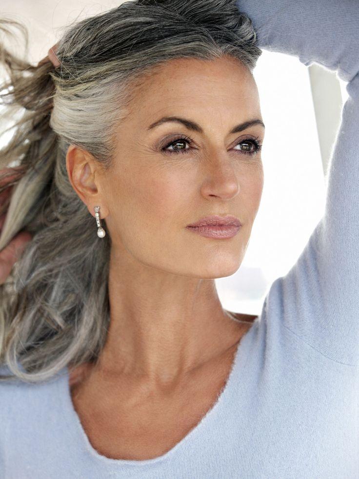 Femeia stilată și la 50 de ani. Cum să faci acest lucru